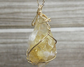 Natural Citrine Gemstone Necklace, Raw Citrine, Crystal Quartz Pendant With Gold Plated Wire Wrapped / (B8S54_03)