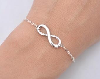 Set of 5 Infinity Bridesmaid Bracelets, Set of 5 Bridesmaid Bracelets, Silver Infinity Bracelets, Infinity Charm  0196