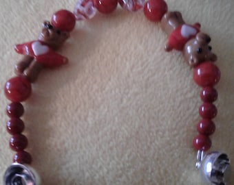 Bracelet with bears and hearts