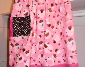 Pink Cupcakes Half Apron - Long