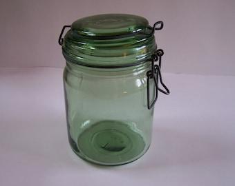 Green glass jar Durfor vintage engraved 34 US fl oz Made in France