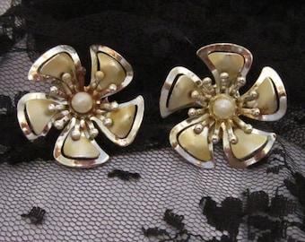Vintage Gold and Pearl Flower Earrings