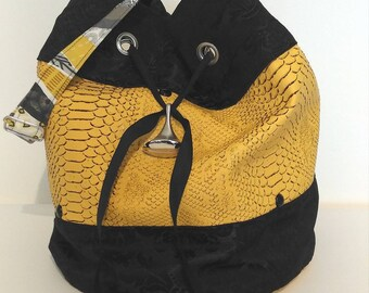 seal-bag-women shoulder bag faux leather-gift-mothers day