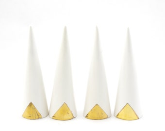 Modern Ceramic Ring Cone Holder Storage Jewelry Organization Display: White Gold Triangle