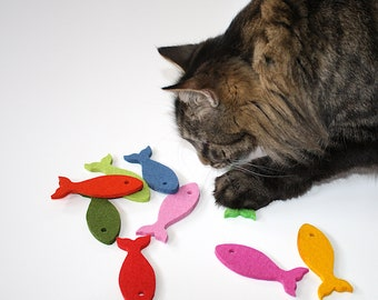 Cat Toys, 100% Merino Wool Felt Fish Cat Toy With or Without Catnip Toys for Cats Natural