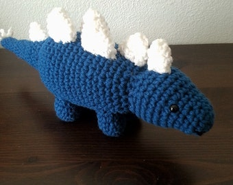 Stegosaurus dinosaur, little dino, crochet dinosaur