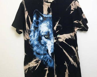 Tie Dye Wolf T-shirt