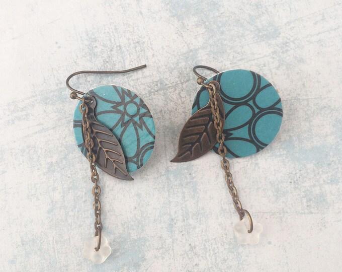 Boho chic ear wire earrings - dangle and drop - Paper earrings - golden metal earrings