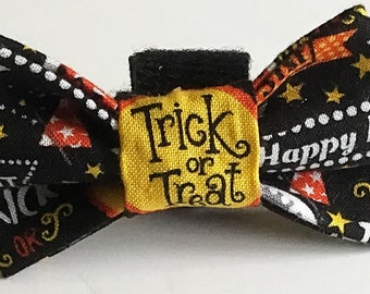 Trick or Treat Halloween Bow Tie for Male Dogs and Cats