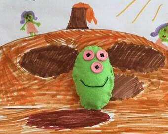Minimals von Alma, gemustert drei alien, handgefertigte Filz Puppe, 3x2x0.5 Zoll, 8x5.5x1 cm