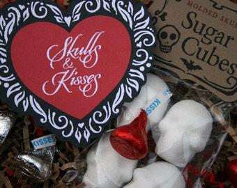 Skulls & Kisses - Valentine Gift // Valentine Sugar Cube Skull // Sugar Skull Gift Set // Skulls for Lovers / Gothic Valentine, Edible Skull