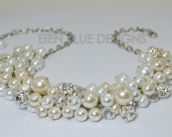 White & Ivory Pearl Necklace, Pearl Cluster Necklace, Chunky Pearl Necklace, Pearl Bridal Jewelry, Ivory Pearl Necklace, White Pearl Jewelry