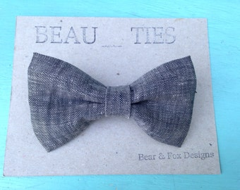 Adult clip-on bow tie grey linen