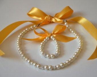 Flower girl jewelry/Golden yellow ribbon flower girl pearl jewelry set/Wedding jewelry/Flower girl gift/Junior bridesmaid gift/Kids jewelry