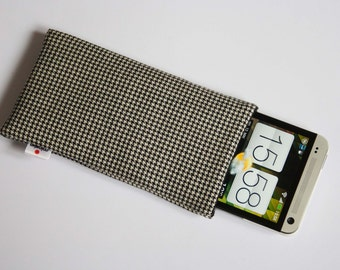 Houndstooth Black/White Case iPhone 3G, 4, 4S, 5 iPod Touch, HTC One, Samsung Galaxy S 4, Sony Xperia Z Sleeve, Cover, Pouch Pepita