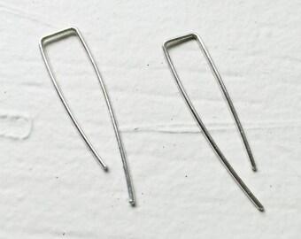 Arc earrings, open hoop earrings, wishbone earrings, threader earrings, minimalist earrings, casual earrings.