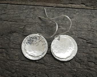 Silver Disc Earrings, Silver Dangle Earrings, Silver Earrings, Drop Earrings, Silver Hammered Earrings