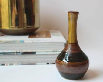 Vintage Japanese Pottery Vase, 70s Art Pottery, Mid Century Pottery, Bud Vase, Weed Pot
