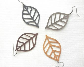 Cut-Out Leaf Earring