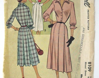 1940s McCalls sewing pattern 8109  Misses Dress size 10 bust 30 missing pieces