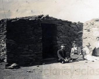 vintage photo 1910 Men Women Stone House Early Architecture Arizona Landscape