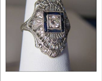 Antique Art Deco 18k Platinum Diamond sapphire Engraved Engagement Dinner Ring
