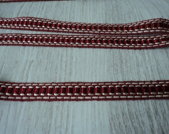 3.9 metres of vintage French embroidered trim / galon (02696)