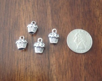 Lot of 4 3D Muffin/ Cupcake Charms