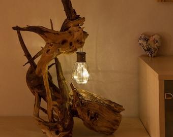 Acacia root sculpture