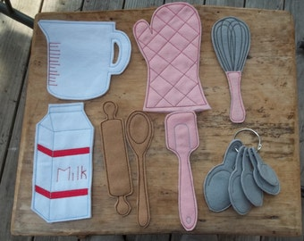 Felt Cooking Play Set : Great addition to your pretend kitchen. Fun for imagination play.
