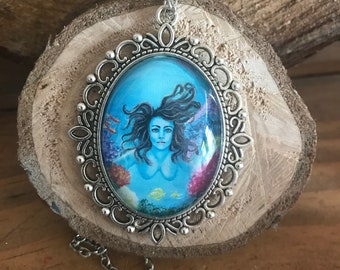 Art Necklace cabochon pendant 30x40 mm - A tropical tail - 18 inch chain
