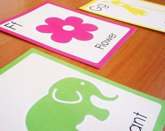 Printable alphabet flashcards - English or Spanish