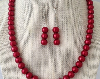 Red Bridesmaid Necklaces, Red Pearl Necklace, Red Pearl Bridal Party Jewelry, Red Prom Jewelry, Winter Weddings, Bridesmaid Jewelry
