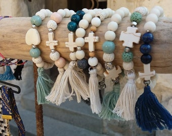 tassel bracelet large wood beads and natural pearls
