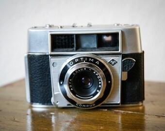 Vintage 1959 Agfa Optima 35mm Camera
