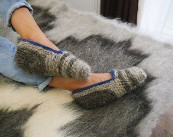 Wool Slippers, House Slippers, Slippers Socks, Simple Slippers, Basic Knit Slippers,  Hand Knit Indoor Slippers