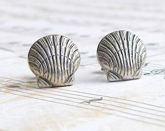 Sliver Seashell post earrings