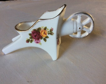 Cottage Rose Wheelbarrow