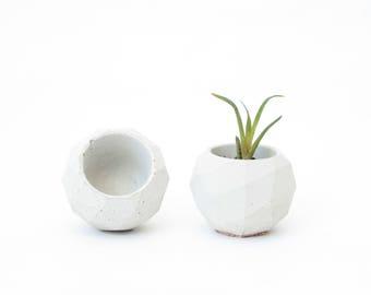 Concrete flowerpot planter cork POLYHEDRON