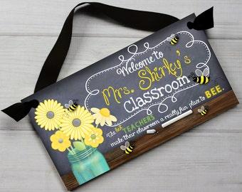 Teacher Chalkboard Classroom Best Teachers Quotation Saying DOOR SIGN Teacher End of Year Christmas Present Gift TDS018