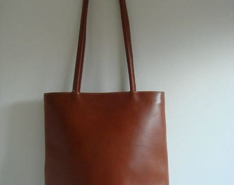Italian designer De Wan brown leather tote shoulder bag