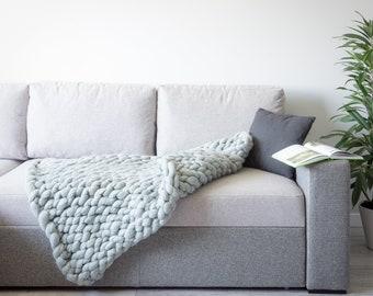 Giant chunky 100% merino wool blanket