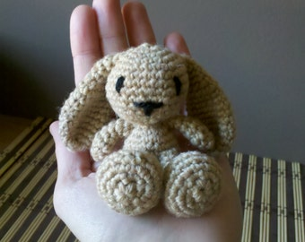 Pattern : Amigurumi Little Rabbit