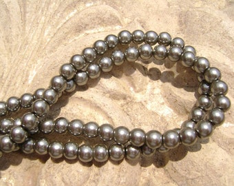 Pearlescent Glass Pearl Pearls Beads Black Grey 4mm Round LARGE 30mm Strand