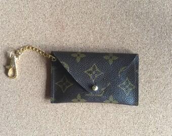 Louis Vuitton envelop pouch for ID, credit card, cash