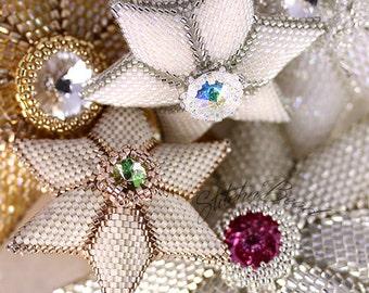 Beading pattern / tutorial. Beaded star. miyuki seed beads. miyuki delica beads Christmas decoration