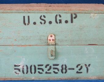 Vintage green wooden Ballot box U.S.G.P.