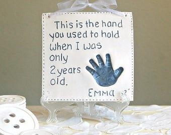 Les enfants et Baby Art empreinte de la main - souvenir empreinte Art - cadeau souvenir - souvenir de bébé - enfant pour nouvelle maman - personnalisé bébé - fête des pères