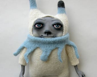 Art Doll Hap plush art toy