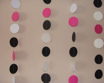 Circle paper Garland pink white and black